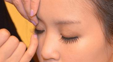 アラフォー女性のつけまつ毛
